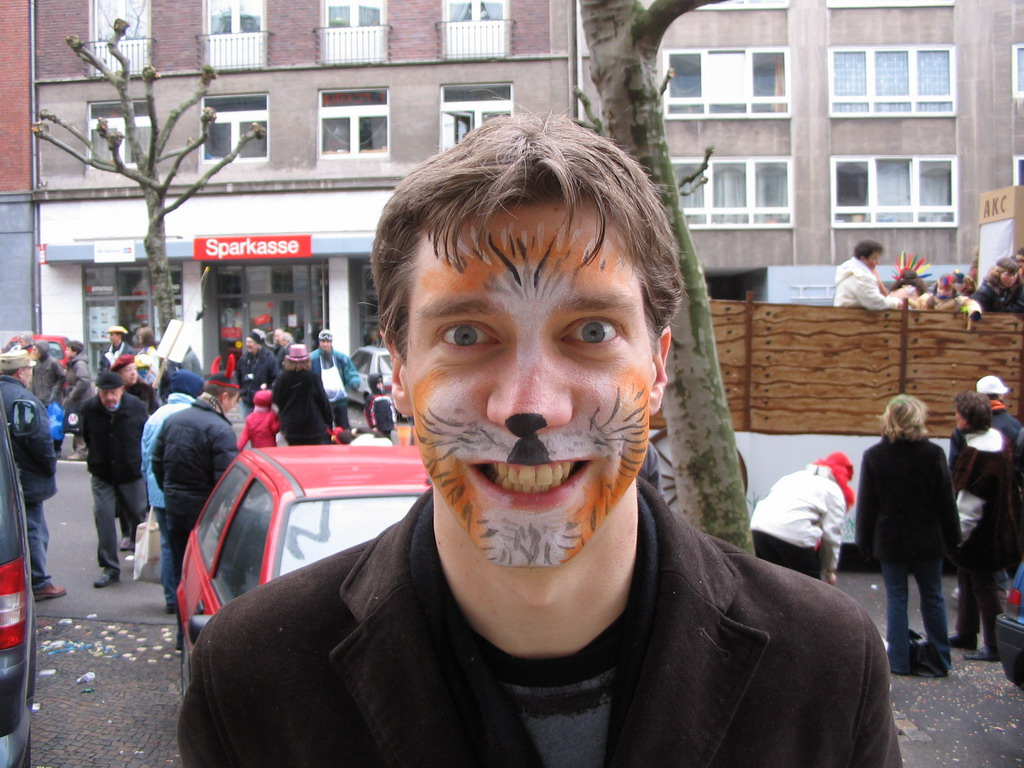 Tim with face paint at the Theaterstra�e street