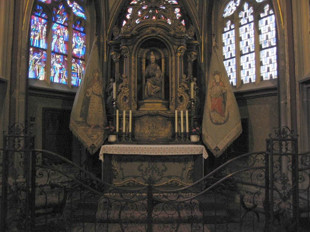 Chapel with altar at the Aachen Cathedral