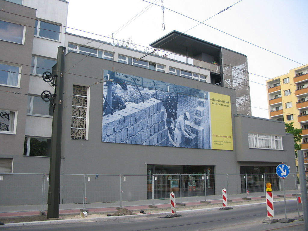Front of the Gedenkst�tte Berliner Mauer museum at the Bernauer Stra�e street