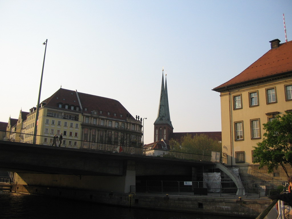 The M�hlendammbr�cke bridge over the Spree river and the Nikolaikirche church, viewed from the tour boat