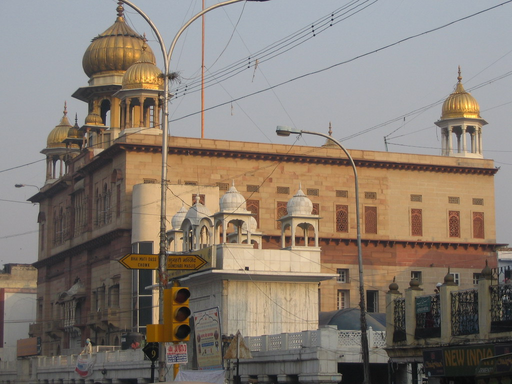 The Gurudwara Sis Ganj Sahib temple at the Chandni Chowk road