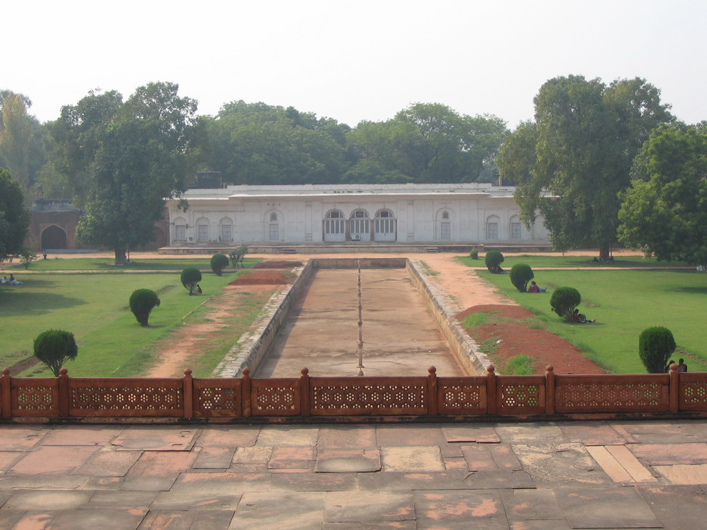 Gardens at the side Safdarjung`s Tomb, viewed from Safdarjung`s Tomb