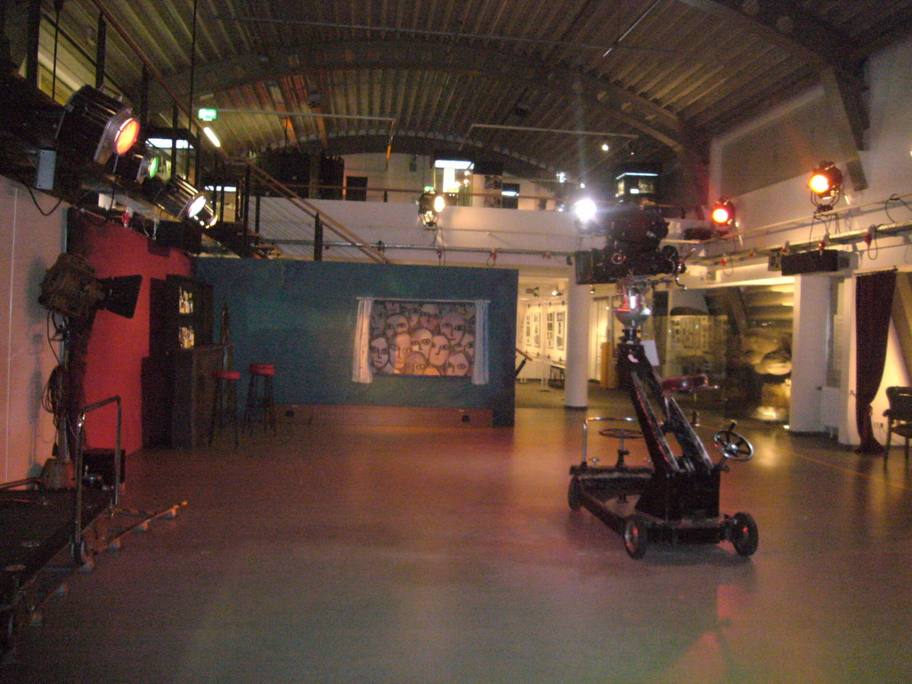 film studio - photo #32