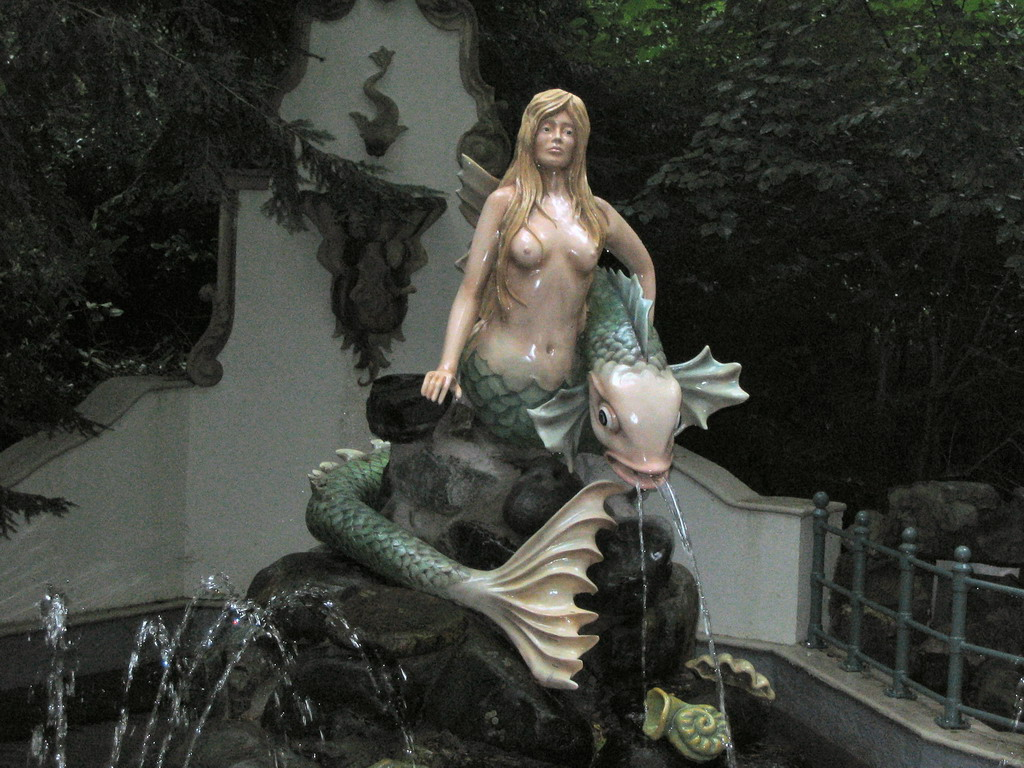 The Little Mermaid attraction at the Fairytale Forest at the Marerijk kingdom