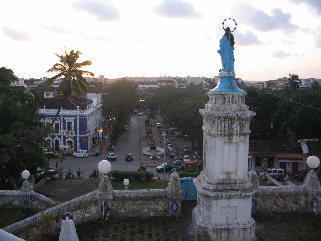 Statue and view from the top of the staircase to the Our Lady of the Immaculate Conception Church at Panaji