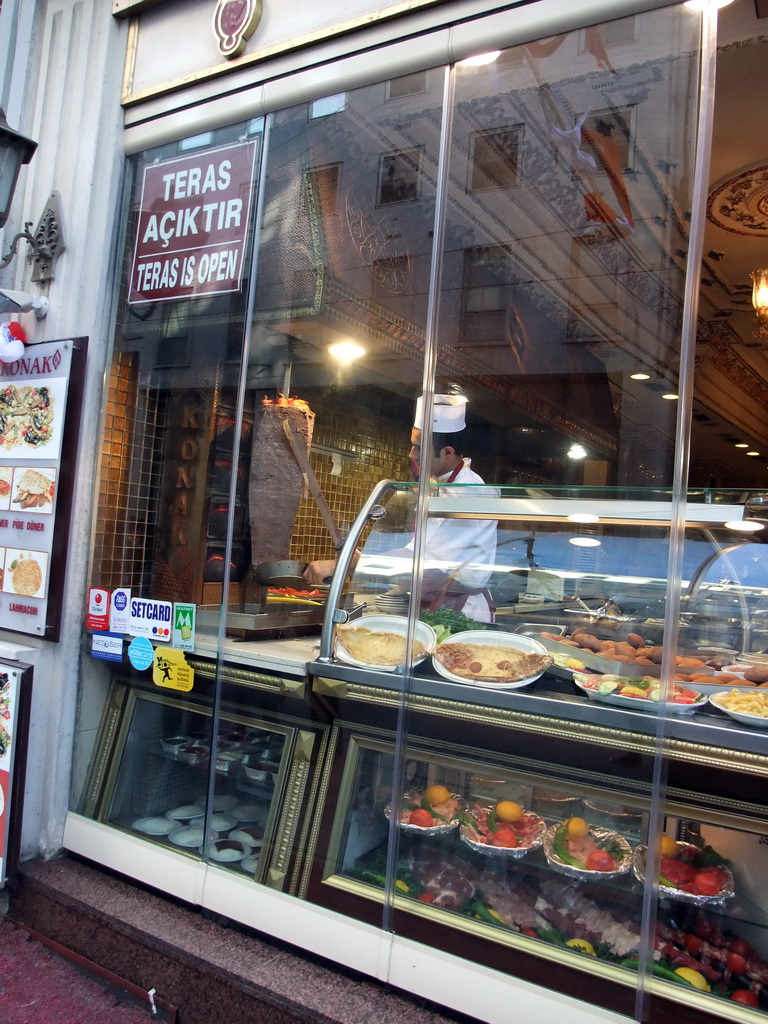 Travel photos series istanbul for Divan kebab menu