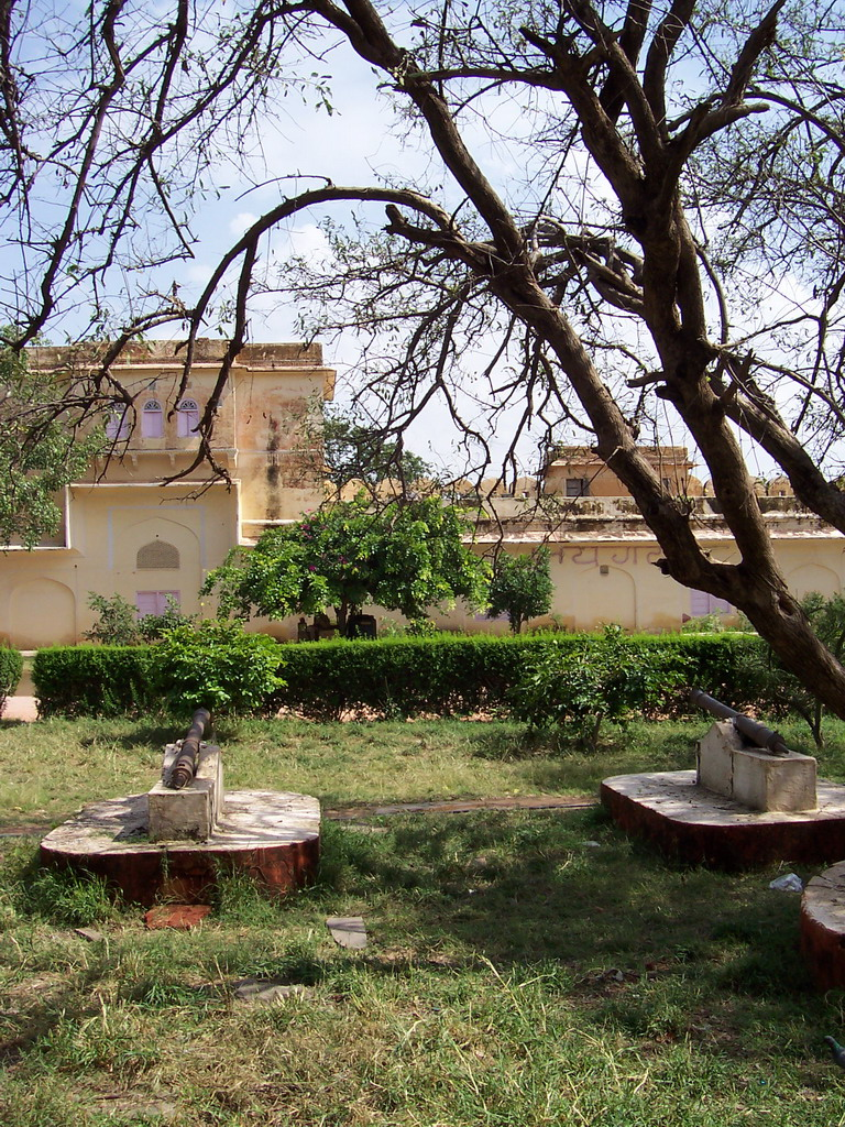 Cannons at Jaigarh Fort