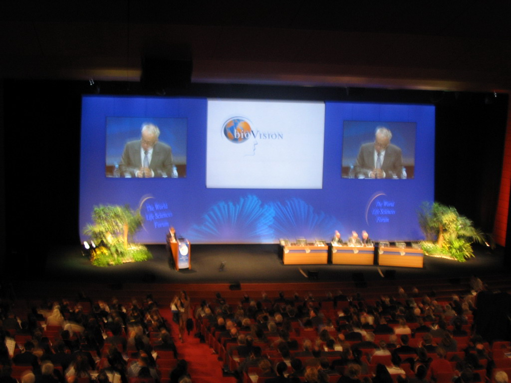 Plenary talk at the World Life Sciences Forum BioVision 2005 conference, at the Centre Congr�s de Lyon conference center