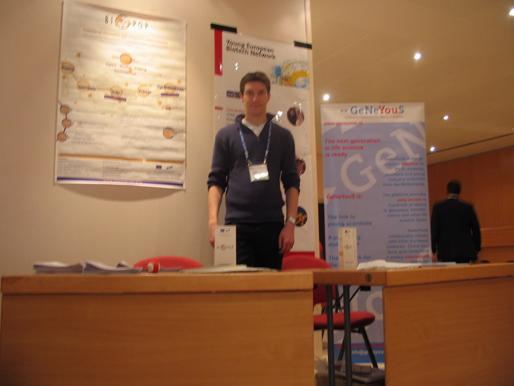 Tim at the GeNeYouS stand at the World Life Sciences Forum BioVision 2005 conference, at the Centre Congr�s de Lyon conference center