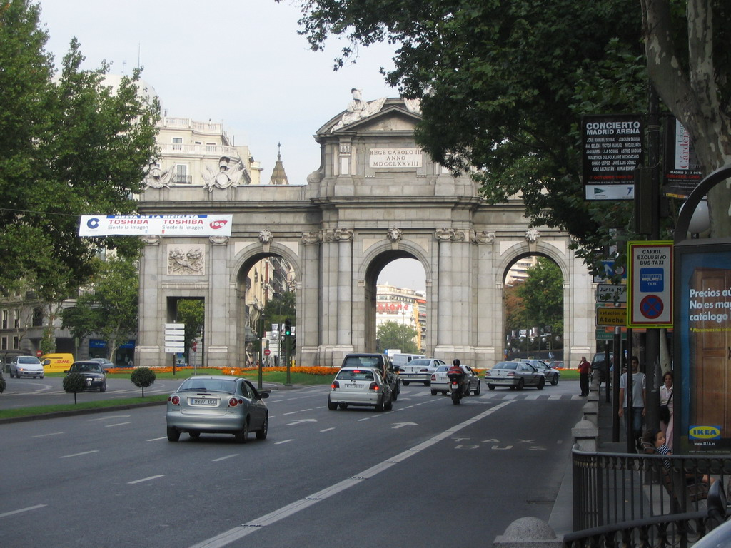 The Puerta de Alcal� at the Plaza de la Independencia square