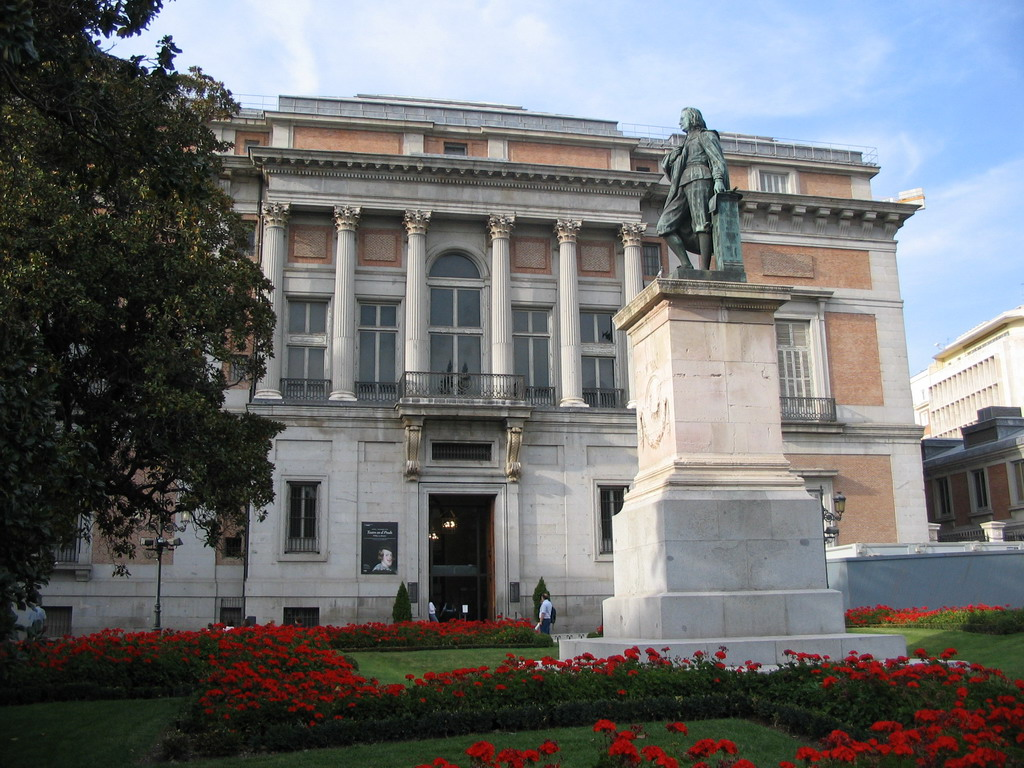 Statue of Bartolom� Esteban Murillo at the south side of the Prado Museum